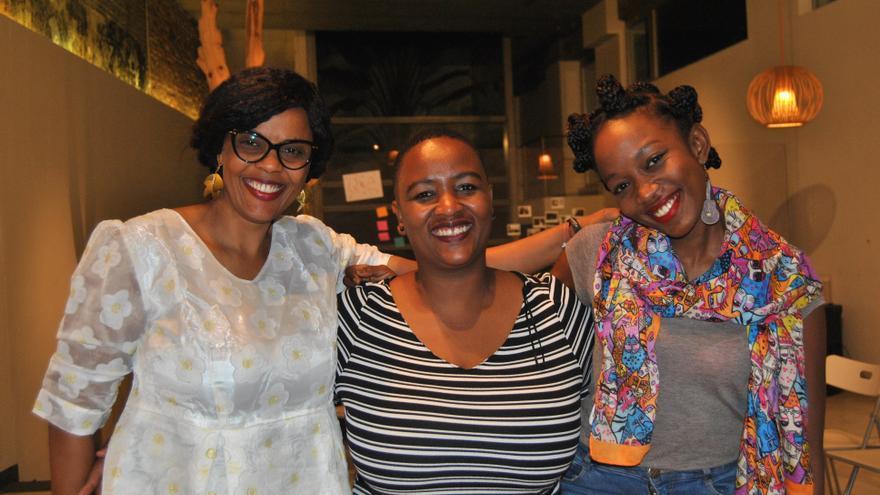 Aisha Dabo, Mandisa Khanyile y Muthoni Maingi durante el encuentro en Madrid.