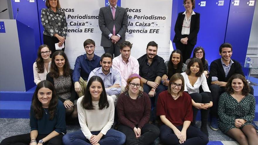 """Alumnos de Periodismo empiezan a formarse con las becas """"laCaixa""""-Agencia EFE"""