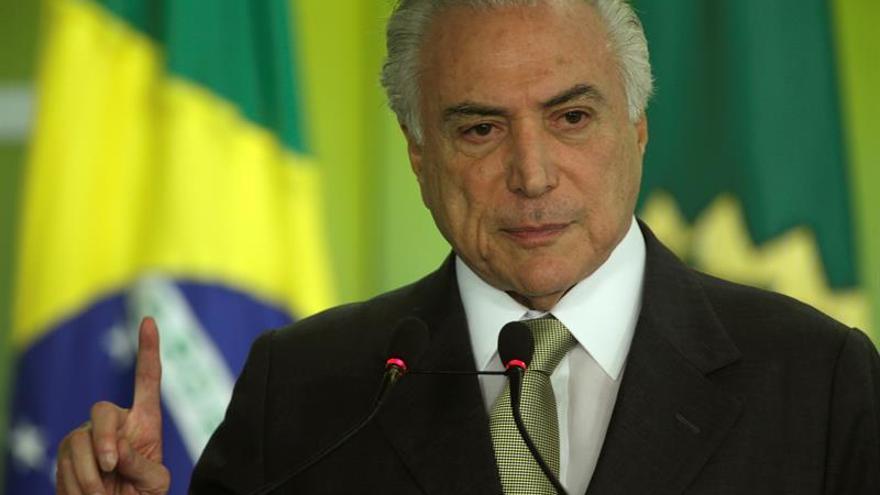 El Congreso brasileño retoma labores con la votación que puede despojar a Temer