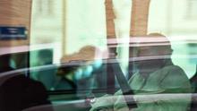 Benedicto XVI regresa a Roma tras visitar a su hermano enfermo en Alemania