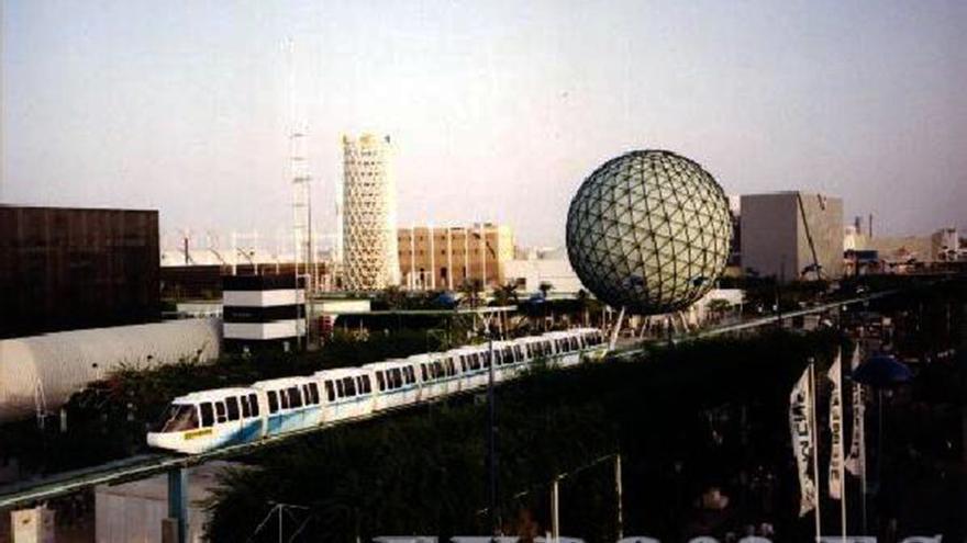 El monorraíl, la esfera bioclimática... memoria de la Expo'92. / LEGADO EXPO