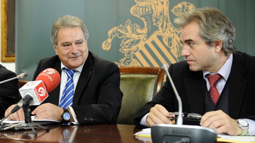 Alfonso Rus i Máximo Caturla en una rueda de prensa en la Diputación