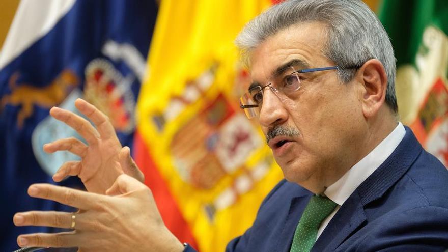 El Gobierno canario presume de buen pagador gracias a su liquidez