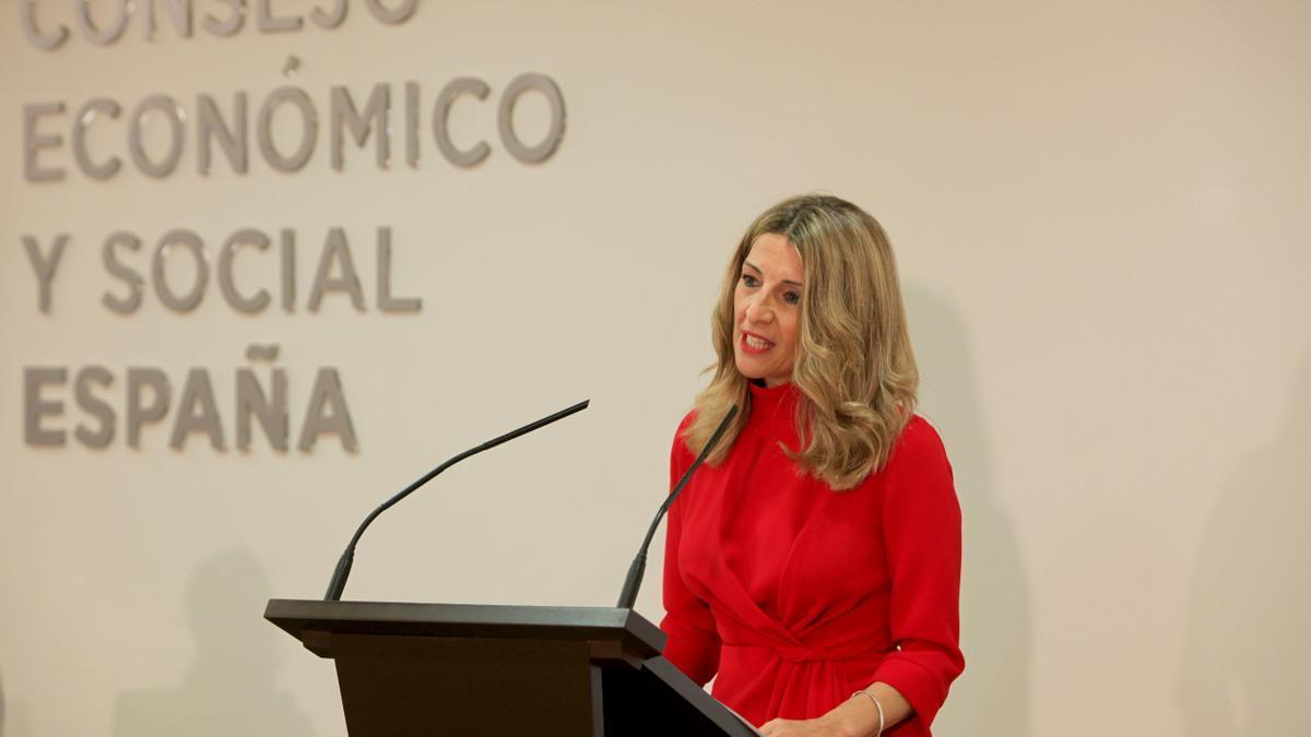 La ministra de Trabajo y Economía Social, Yolanda Díaz, en su intervención este 8 de abril en el Consejo Económico y Social (CES).