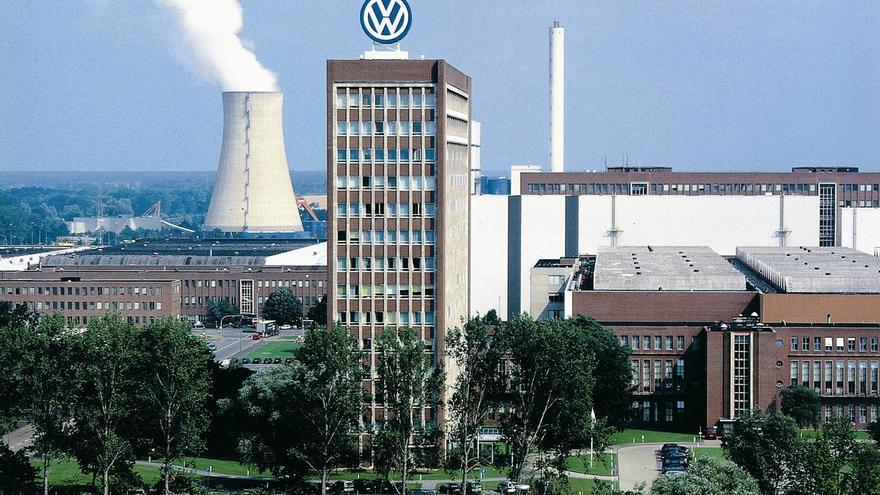 Volkswagen niega haber instalado dispositivos para alterar las emisiones en motores diésel de 3.0 litros