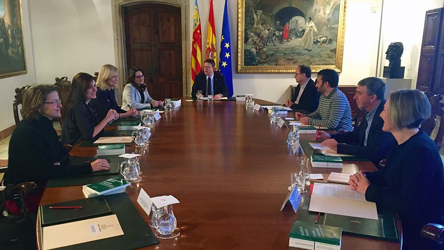 El president de la Generalitat, Ximo Puig, preside el pleno del Consell