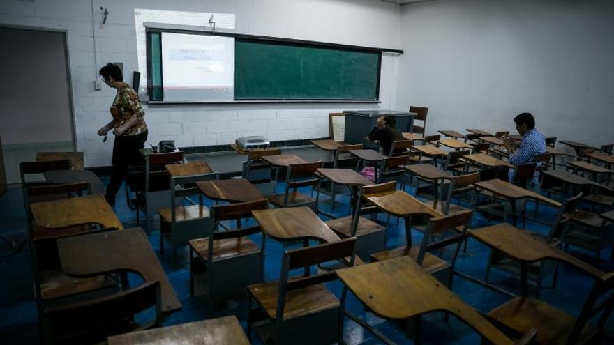Unicef alerta de que un millón de niños están sin escolarizar en Venezuela