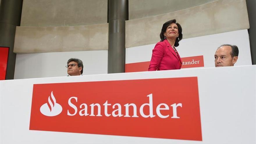 Comienzan a cotizar los derechos de la ampliación de capital del Santander