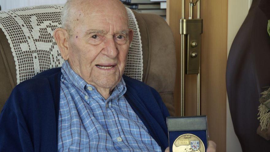 A sus 102 años, el cordobés Virgilio Peña es el deportado español más longevo