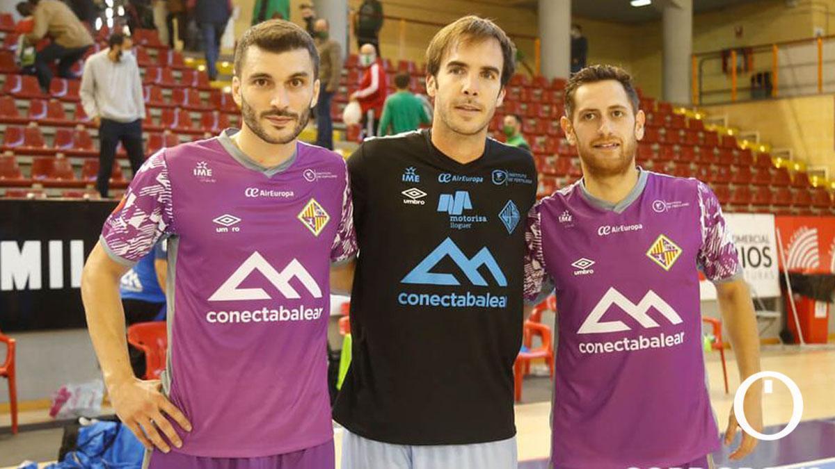 Lolo Urbano, Carlos Barrón y Rafa López, en Vista Alegre.