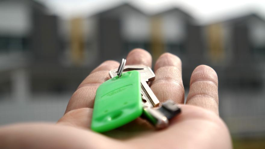 Ibercaja tendrá que devolver las cantidades cobradas por cláusulas suelo y gastos hipotecarios.