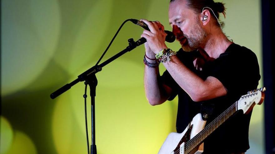 El cantante Inglés Thom Yorke del grupo Radiohead.