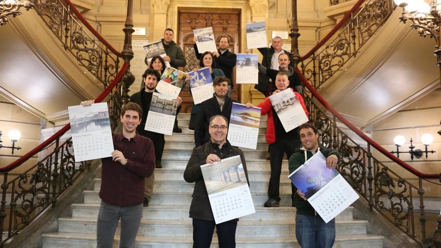 Ayuntamiento de San Sebastián repartirá el martes más de 11.000 calendarios gratuitos para 2018
