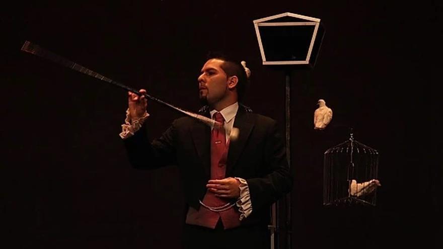 Diego Cathan en el concurso Trobada Mágica Almussafes 2015, dentro del Encuentro Internacional de magos.