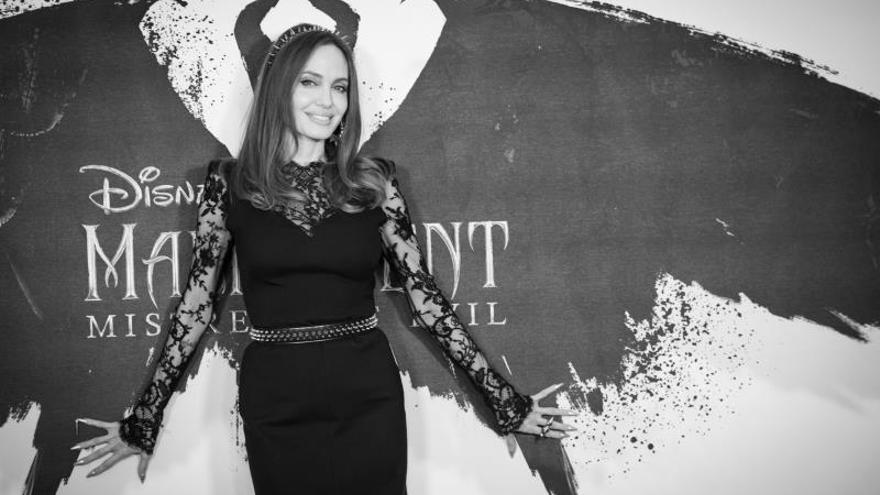 """Angelina Jolie: """"La gente que parece malvada, normalmente, sufre mucho"""""""