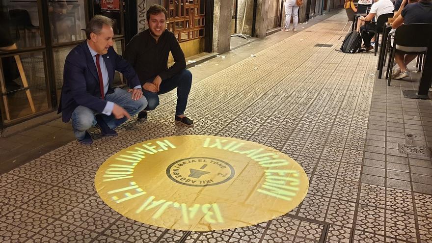 Una señala luminosa avisará a los viandantes cuando se supere el umbral de 83 decibelios en la calle Ledesma de Bilbao