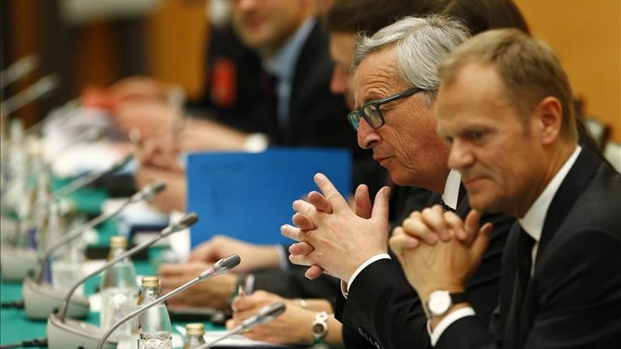 Juncker opina que la situación de Grecia se resolverá en los próximos días o semanas