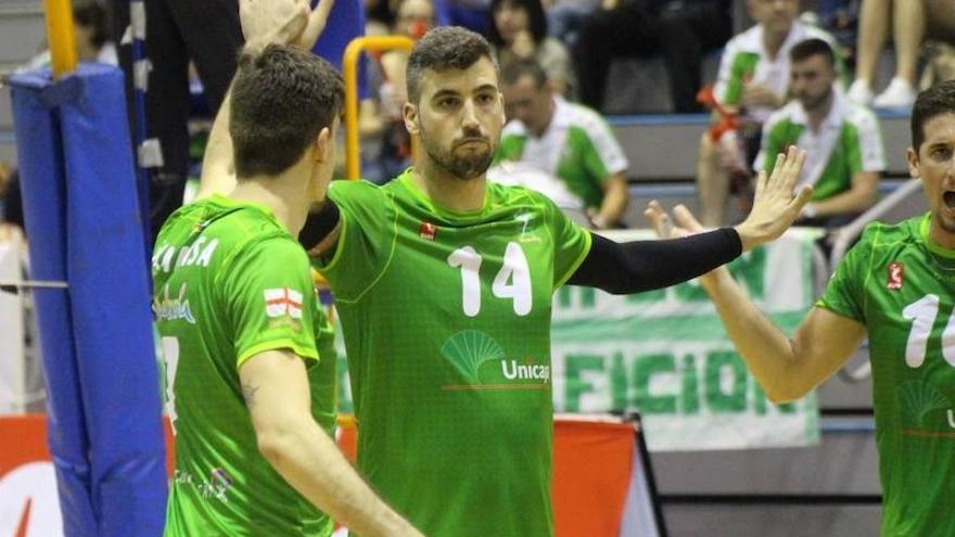 Voleibol: El CV Teruel le endosa un claro 3-0 en la finalísima al Unicaja Almería