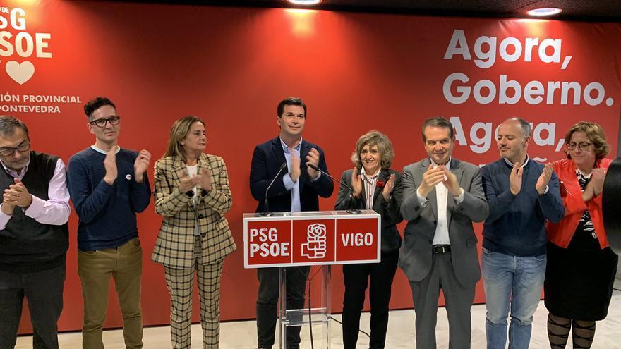 El secretario general del PSdeG-PSOE, Gonzalo Caballero, celebra los resultados electorales de su formación