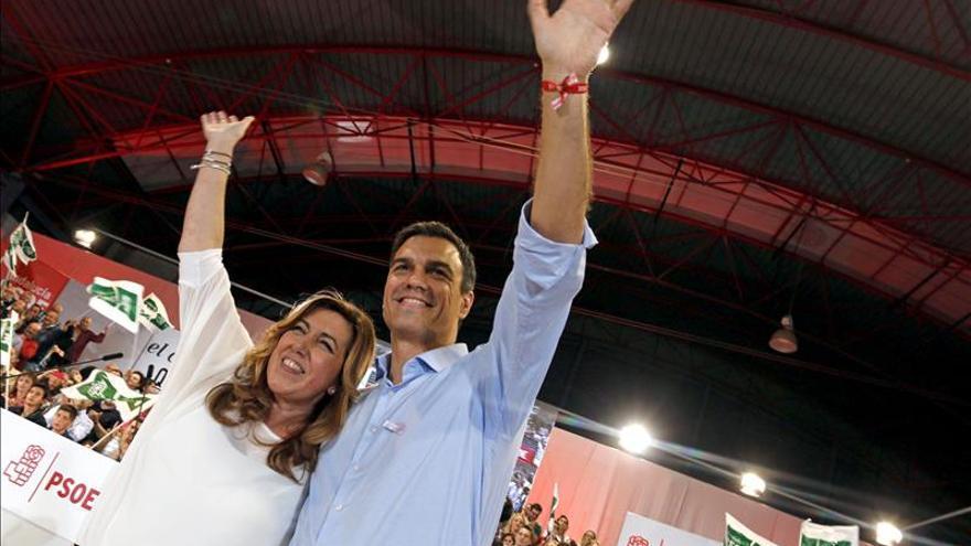 """Susana Díaz pide la unión de partidos y ciudadanos ante el """"ataque"""" a la democracia de Artur Mas"""