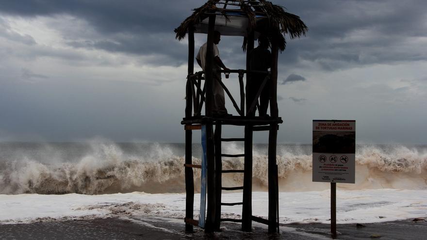 Depresión tropical se forma cerca de Baja California Sur al noroeste mexicano