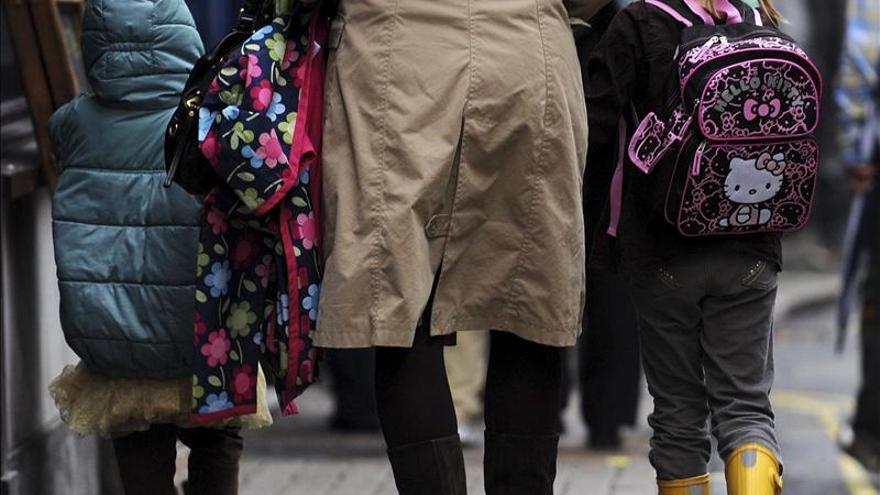 Miles de escuelas cerradas en Inglaterra por huelga de profesores