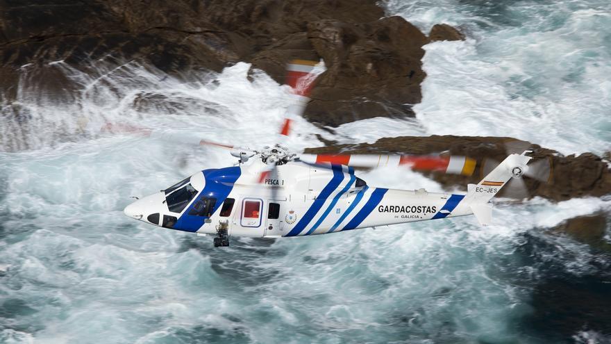 El 'Pesca 1', uno de los dos helicópteros que la Xunta vendió en 2012 a Inaer