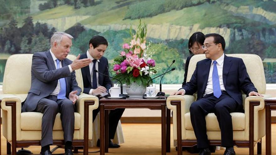 China y Francia esperan que reunión de Viena impulse la negociación en Siria