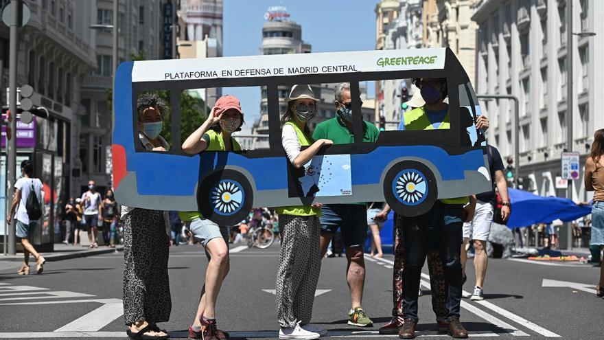 Una manifestación a favor de Madrid Central corta la Gran Vía este domingo