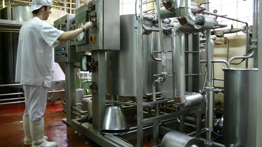 La producción industrial de Navarra crece un 9,3% en junio respecto a 2013