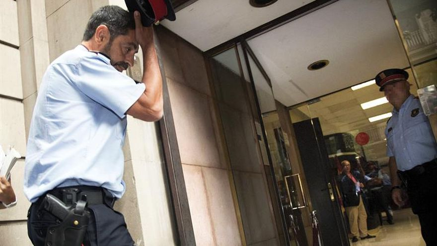 El mayor de los Mossos d'Esquadra, Josep Lluís Trapero, a su llegada ayer a la Fiscalía Superior de Catalunya este 12 de septiembre.