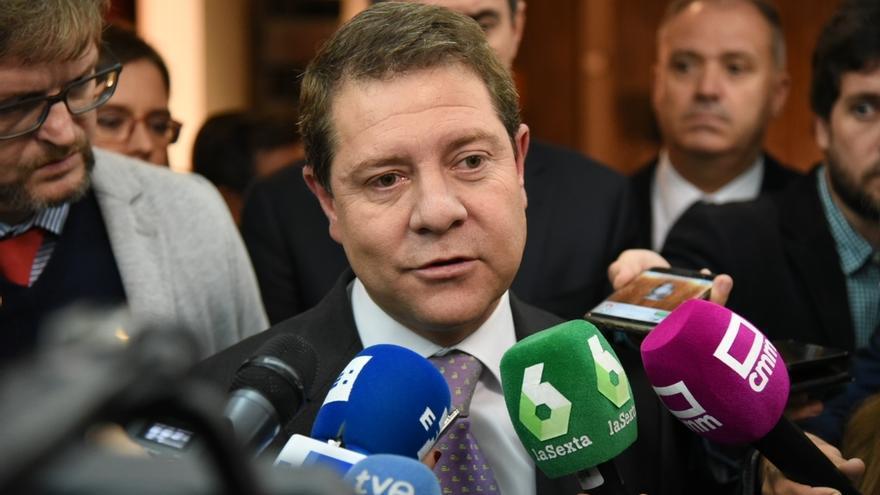 """Page admite que tiene que ponerse de acuerdo con Podemos """"en muchas cosas"""" y garantiza que en C-LM """"no volverá Cospedal"""""""