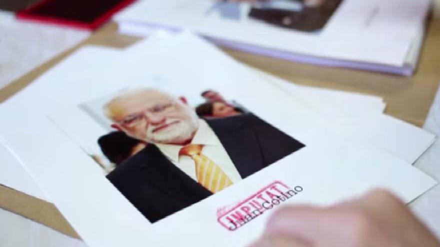 Juan Cotino, en el vídeo promocional de 'Un dinar un dia qualsevol'.