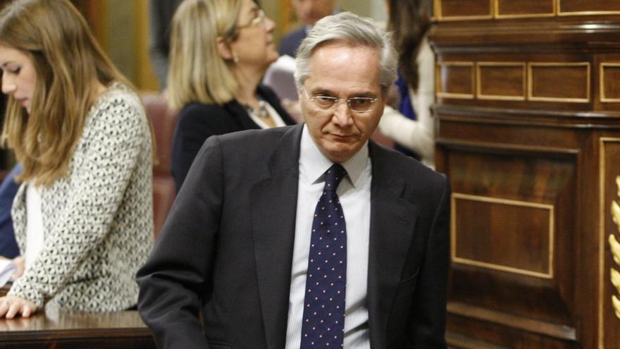 Pedro Sánchez fija el foco en Gómez de la Serna y rehúsa criticar a Bescansa y los demás diputados de Podemos