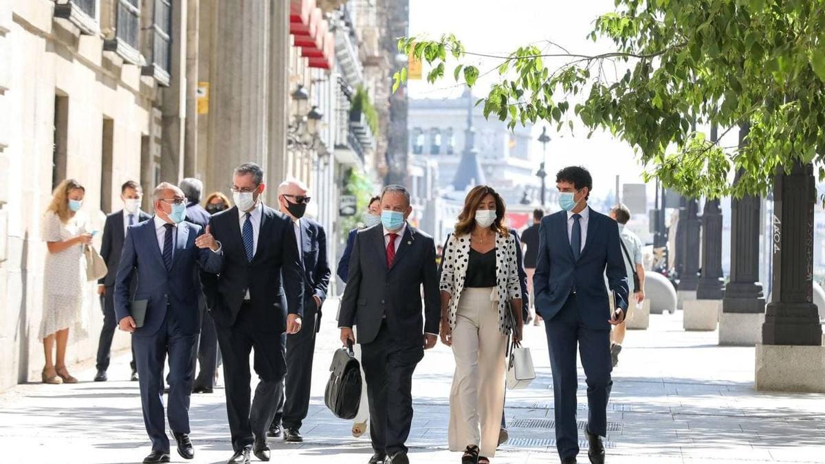 Ramiro González, Markel Olano, Unai Rementeria, entre otros cargos, en una reciente reunión en Madrid