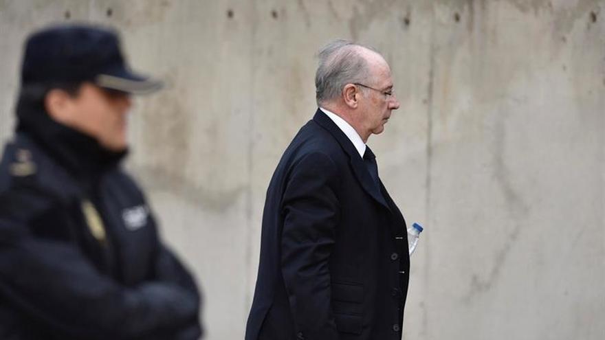 El juez archiva la investigación por las conferencias de Rato