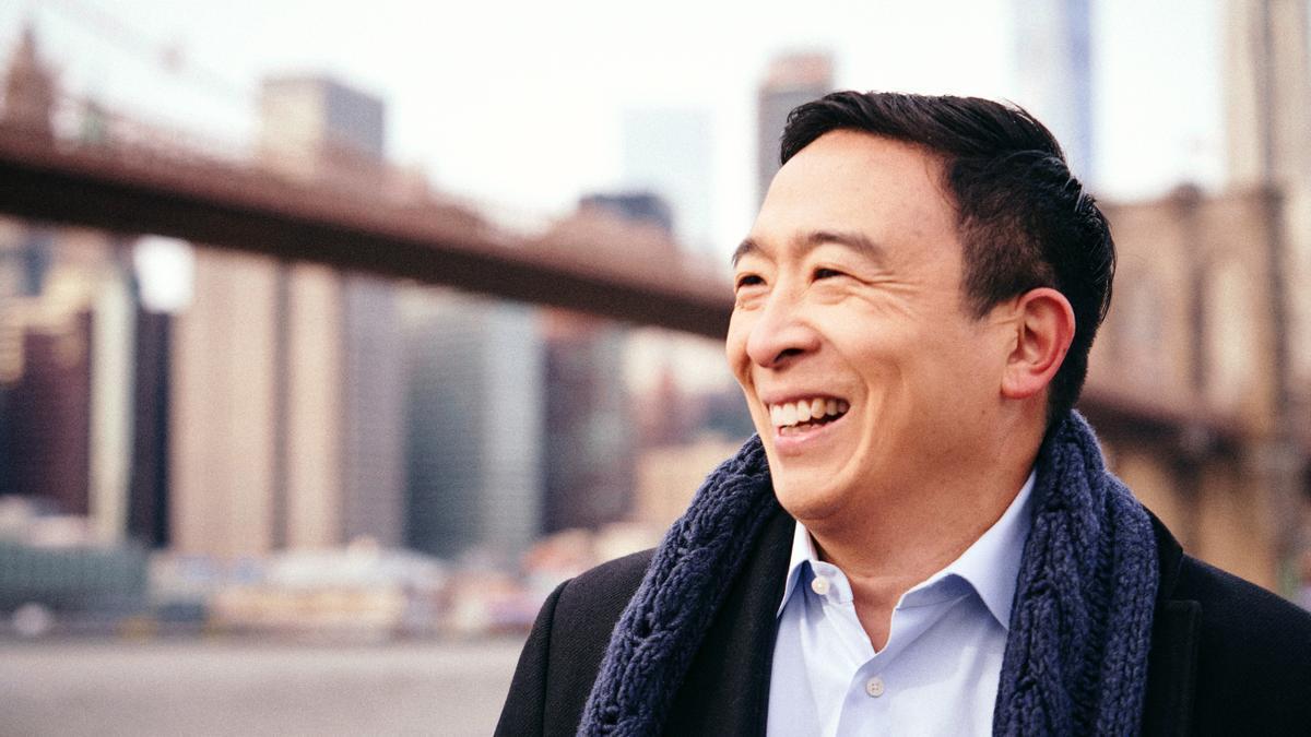 En la imagen, Andrew Yang.