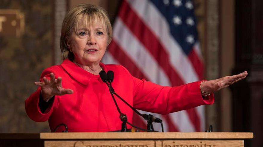 Clinton se desahoga en un libro sobre su derrota electoral