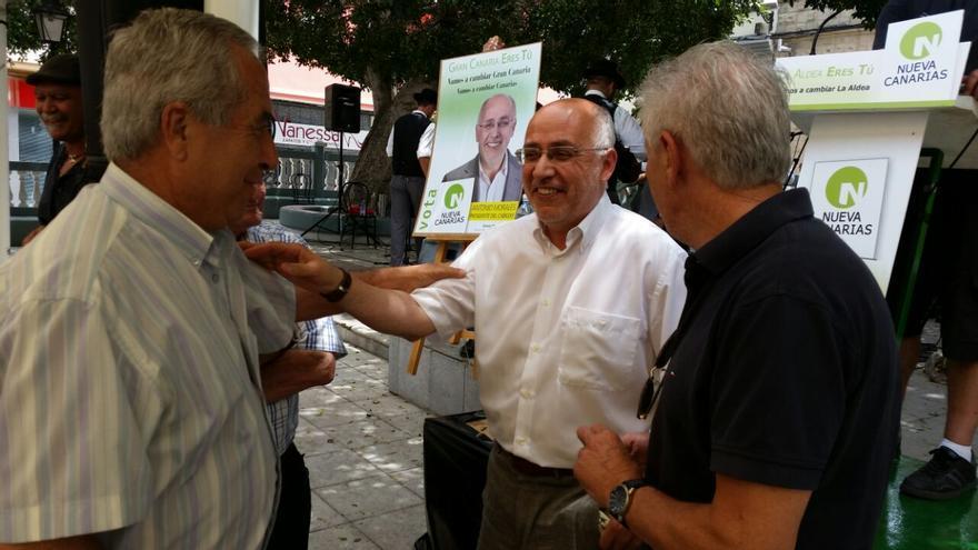 Antonio Morales participó en un acto electoral en  La Aldea
