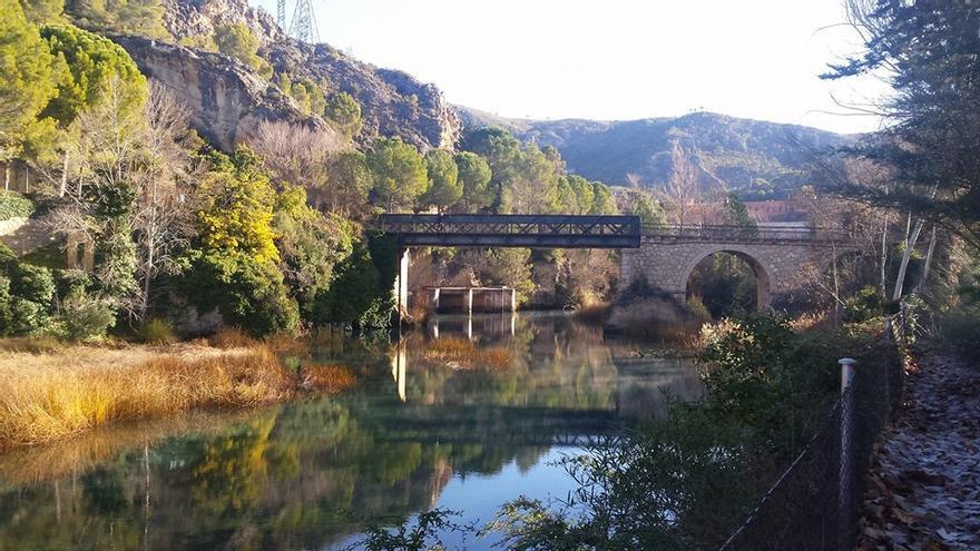 Río Tajo a su paso por el embalse de Bolarque