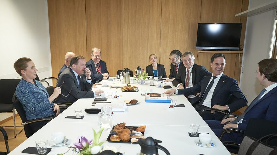 Los cuatro frugales: Sebastian Kurz, canciller de Austria; Mette Frederiksen, primera ministra de Dinamarca; Mark Rutte, primer ministro de Países Bajos; y Stefan Lofven, primer ministro de Suecia.