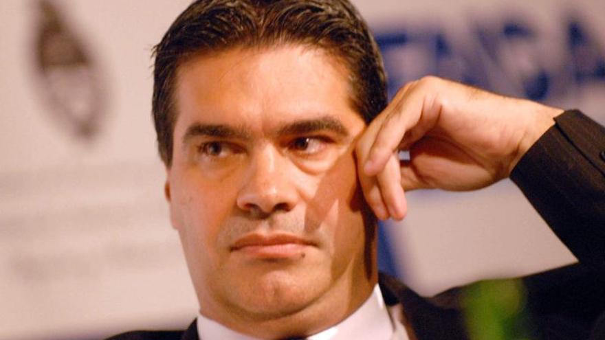 El Gobierno argentino autoriza la compra de dólares a particulares