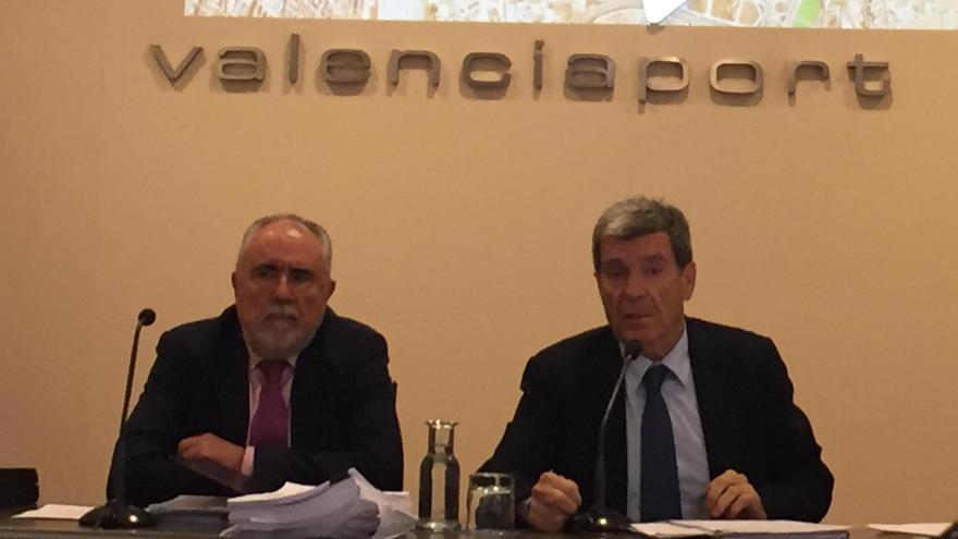 El presidente de la APV, Aurelio Martínez (derecha), y el director, Francesc Sánchez