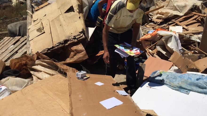 Desalojados de las chabolas de Tierras de Almería piden al Ayuntamiento de El Ejido una solución habitacional