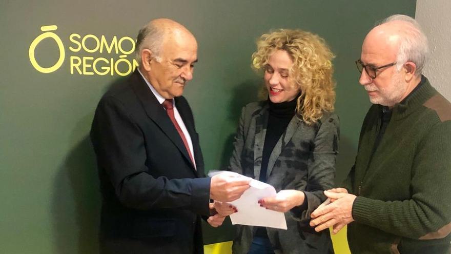 Alberto Garre presenta su candidatura a las primarias de Somos Región