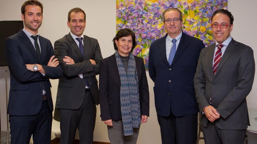 La Universidad de Navarra y Geiser Pharma firman un acuerdo para colaborar en proyectos de investigación