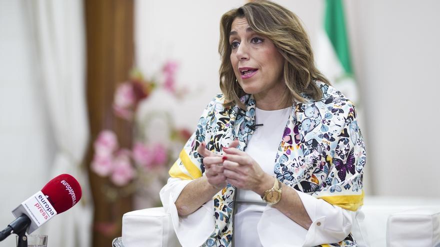 """Susana Díaz ve """"patético"""" que le pidan que dimita por los ERE: Haré lo que quiera el PSOE-A y los andaluces, no el PP-A"""