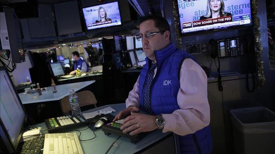 Wall Street abre sin rumbo claro y el Dow Jones cede un 0,02 por ciento