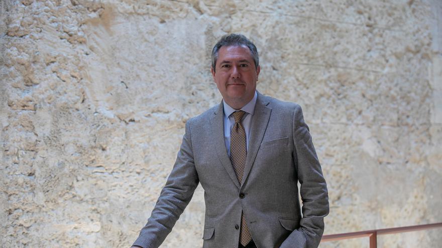 Espadas declina desvelar si aspirará a liderar el PSOE-A pero se pone a disposición del partido