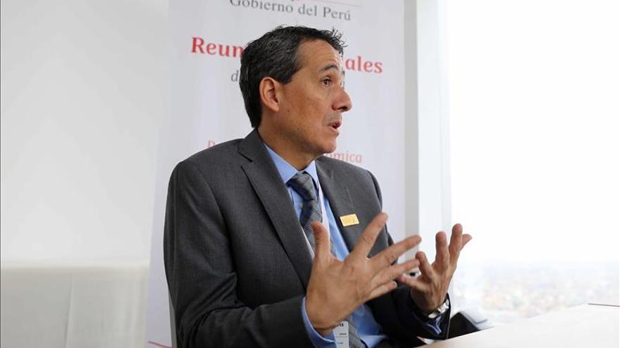 El ministro de Economía baja al 2,8 por ciento la estimación de crecimiento de Perú para 2015